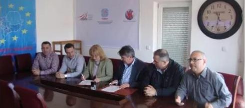 Federata e Sindikatave të Shëndetësisë dhe Oda e Mjekëve të Kosovës nënshkruan Memorandum bashkëpunimi