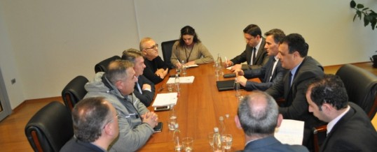 Delegacioni FSSHK-së në krye me Kryetarin Dr. Blerim Syla takoi Ministrin e Administratës Publike z. Mahir Yagcilar