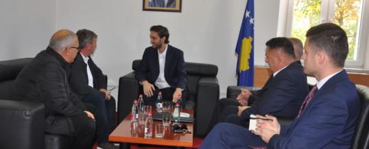 Kryetari I FSSHK-së Dr. Blerim Syla dhe delegacioni I tij zhvilluan takim me Ministrin e Shëndetësisë Z. Uran Ismaili