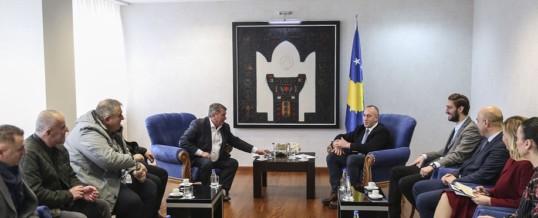 Kryeministri Haradinaj priti në takim delegacionin e Federatës së Sindikatave të Shëndetësisë së Kosovës