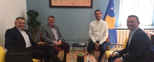 Delegacioni  nga FSSHK-së zhvillon takim me Ministrin e Shëndetësisë