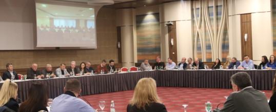 """Konferencë përmbyllëse Trupat regjional mbi dialogun social"""" projketi në Regjionet Gjakovë, Gjilan, Mitrovicë dhe Prizren"""