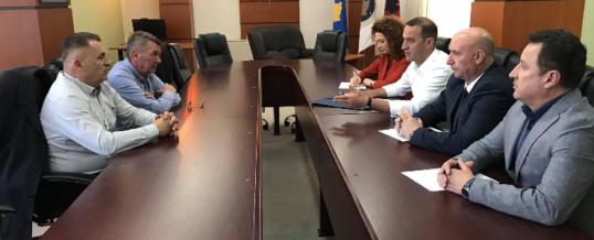Kryetari i FSSHK-së Dr.Blerim Syla ka zhvilluar takim me Grupin Parlamentar te AAK-së